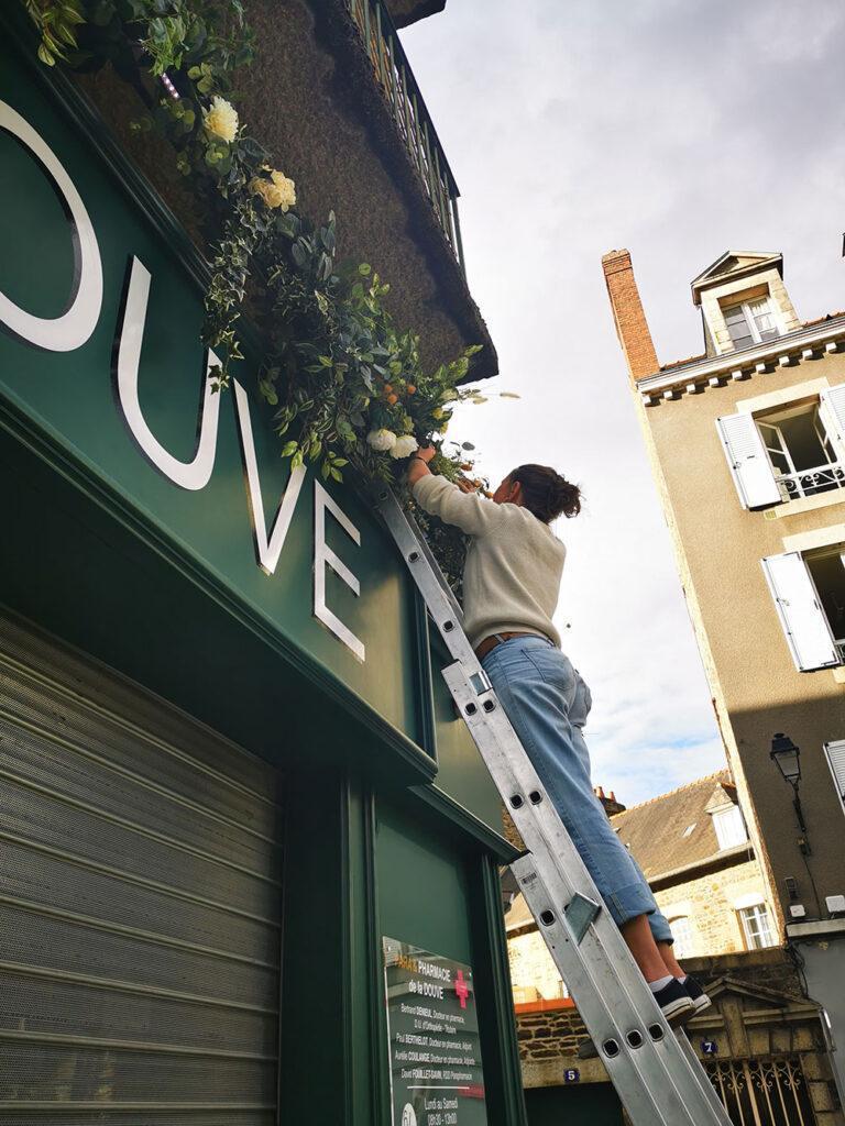 Installation florale à Fougères